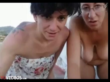 Due Mamme Mature Bisex - Dialoghi in Italiano