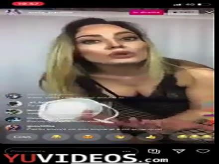 Paola Saulino ed il sesso sicuro in quarantena
